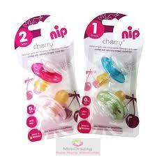 Nip cseresznye alakú játszócumi, latex, 2 db/csomag fiús/lányos színekben (0-6 hó, 6+hó)